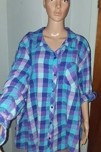 Cute Button Down shirt with a tiny bit of Sparkle